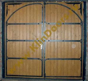 Стальная дверь с вагонкой и коваными элементами №6